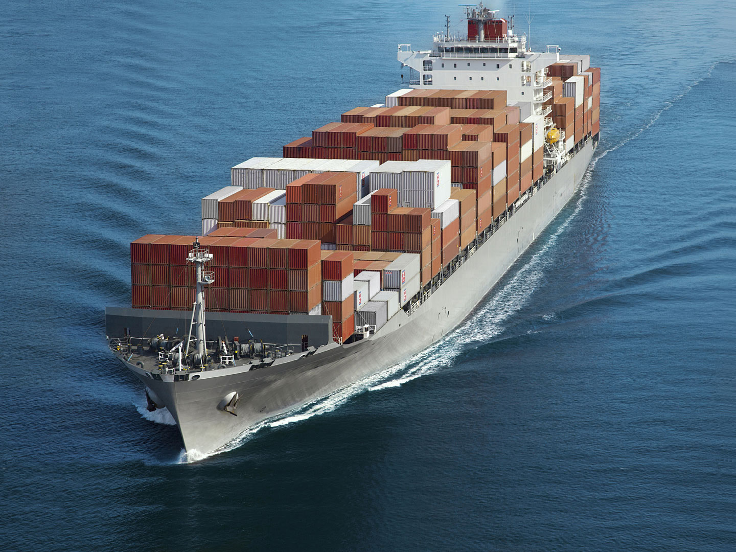 Lessor box fleet rises 7.3pc versus 2pc carrier-owned container growth