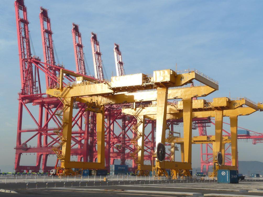 APM Terminals Izmir orders 3 Shanghai ZPMC ship-to-shore quay cranes