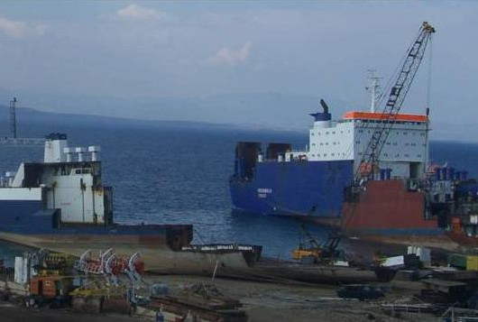 Early Moves towards Responsible Ship Recycling