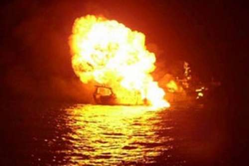 Blasts aboard Indonesian Tanker Leave One Dead, Three Missing