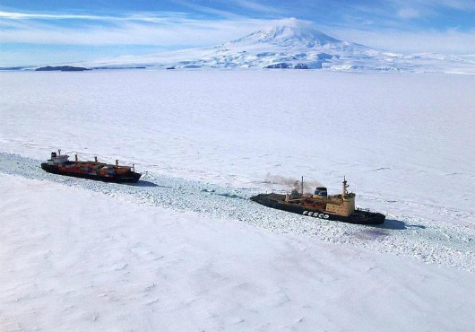 Marine Insurers Wary of Arctic Shipping Routes