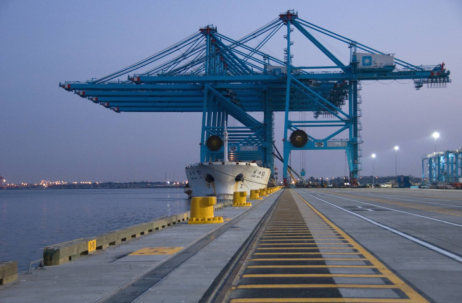 APM Terminals Virginia sale done, Maersk unit exits as non-operating lessor