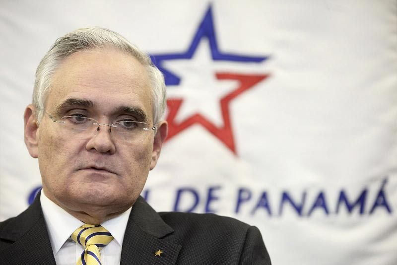 Panama Canal boss expects to test new locks with real ships within 12 months