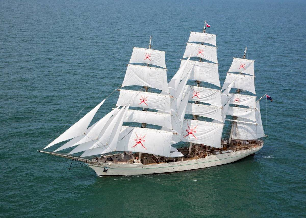 Royal Navy of Oman takes delivery of Damen Clipper