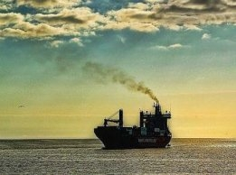 Low-sulphur mandate talk is tough, but enforcement appears weak