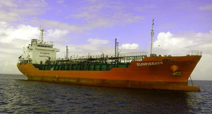 Pirates release Vietnamese tanker after siphoning off cargo of gas oil