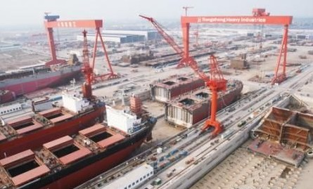 China's shipbuilding turnover up, tonnage output down