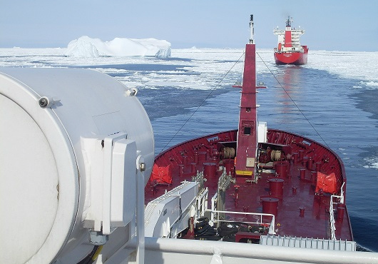 IMO approves Polar Code to punish pollution from ships