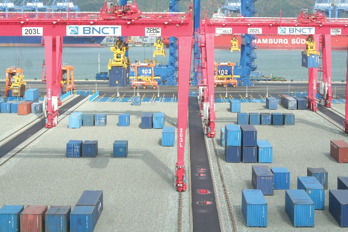 Phase 2 of Busan box shop to raise capacity to 2.5 million TEU in 2015