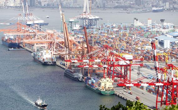Busan port's September box throughput is down on August