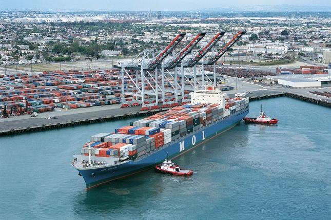 LA-Long Beach harbour congestion continues to build as crisis mounts