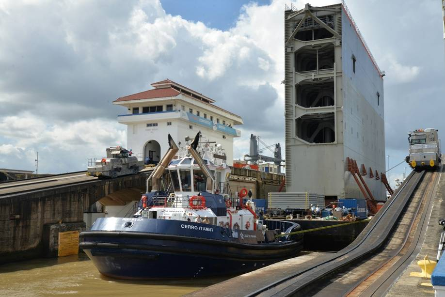 Final gate transits Panama Canal by barge for last lock on Pacific side