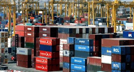 Risk of national dock strike looms in Nigeria over storage fee cuts