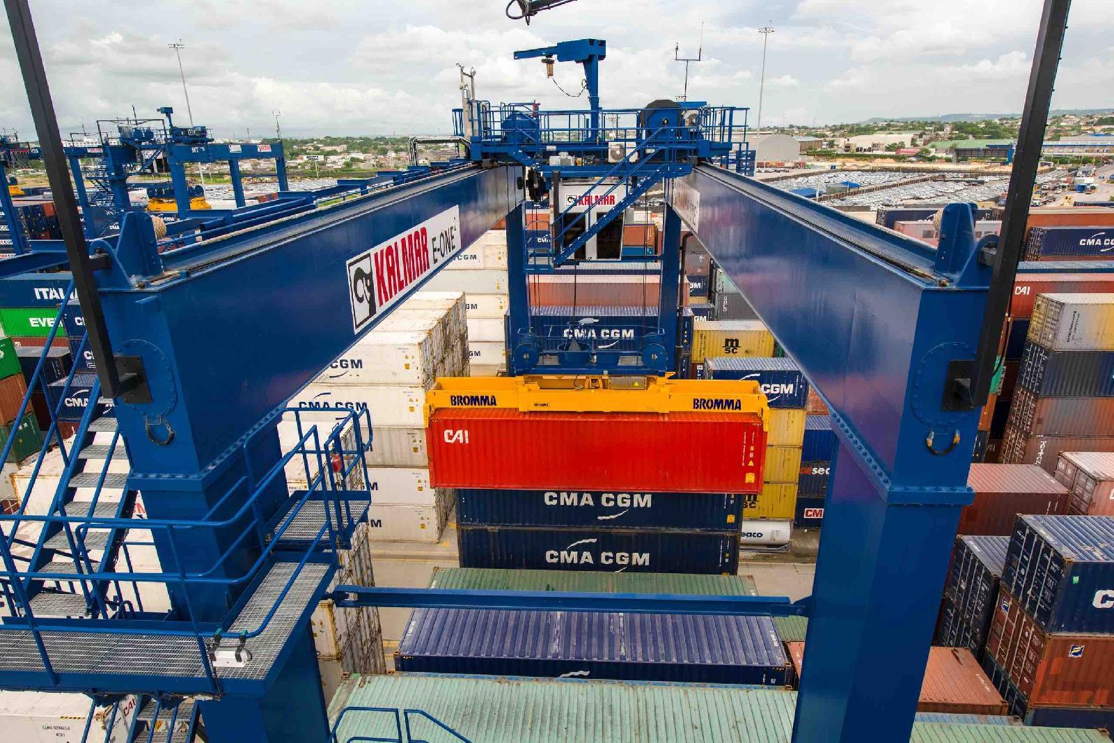 Kalmar wins order for 5 zero-emission RTGs as Gdynia terminal ups capacity