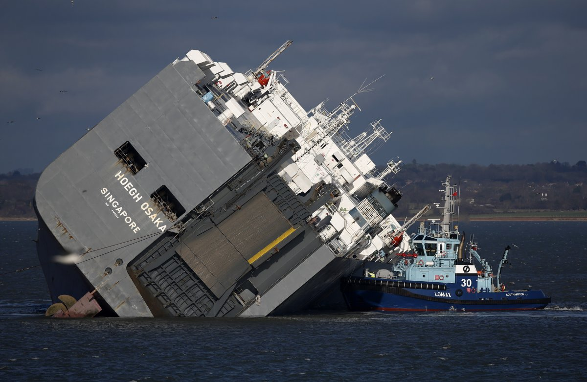 The Pilot Who Stranded That Massive Cargo Ship Was An Expert 'Who Knew What He Was Doing'