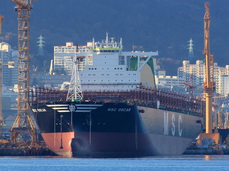 MSC charters today's biggest box ship - 19,224-TEU MSC Oscar