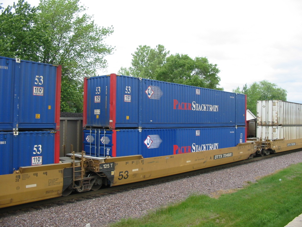 US railways prepare to impose embargo on accepting ocean containers