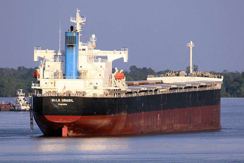 """""""Bulk Brasil"""" detained due to breaches of Labor Convention"""