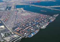 What happens if the US ports keep closing?