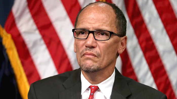 White House sends Labour Secretary to press for west coast dock settlement