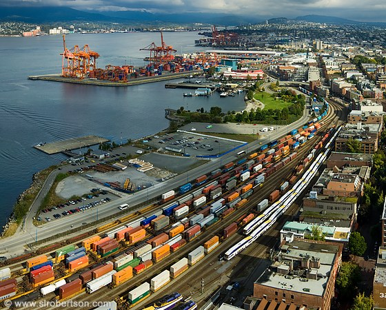 Vancouver's box volume boosted by US west coast harbour congestion