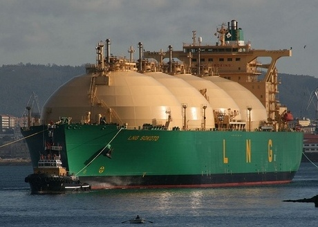 Cost burden remains key hurdle in wider use of LNG in shipping