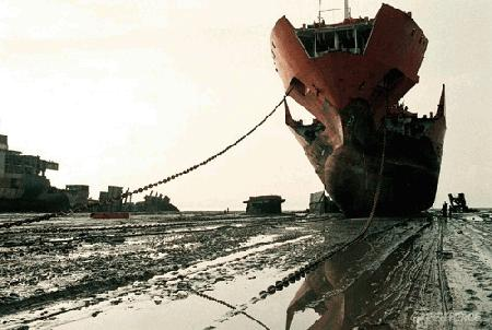 Ships Beached for Scrap as Returns Reach Record Low