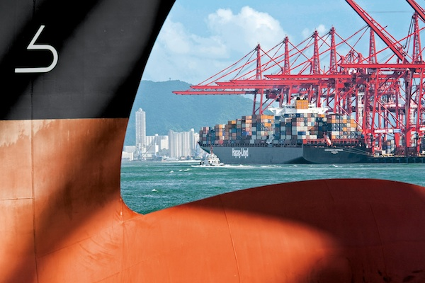 Hapag-Lloyd back in black with US$144 million profit as revenues soar 53pc