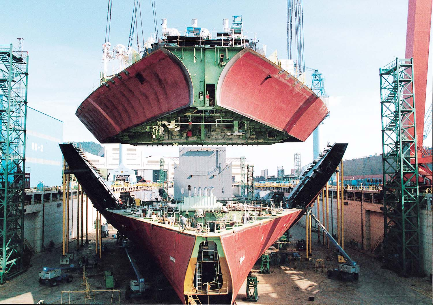 Korean yards expected to cash in on orders for LNG-powered ships