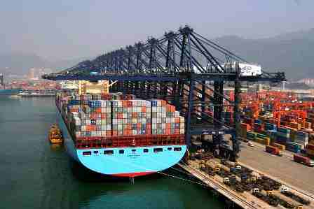Felixstowe, Britain's biggest box port to double capacity by 2030