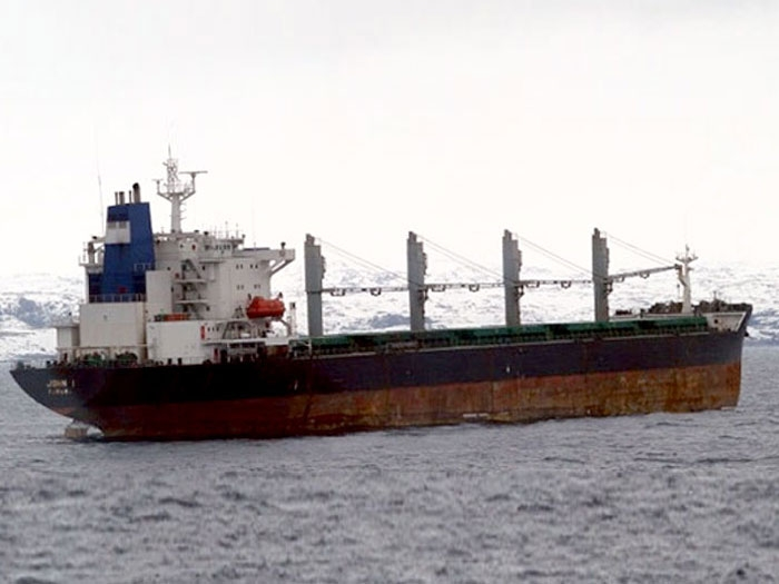 Lack of experience caused grounding of bulkcarrier John 1