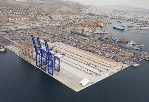 Piraeus box terminal orders 9 more electric RTGs from Kalmar