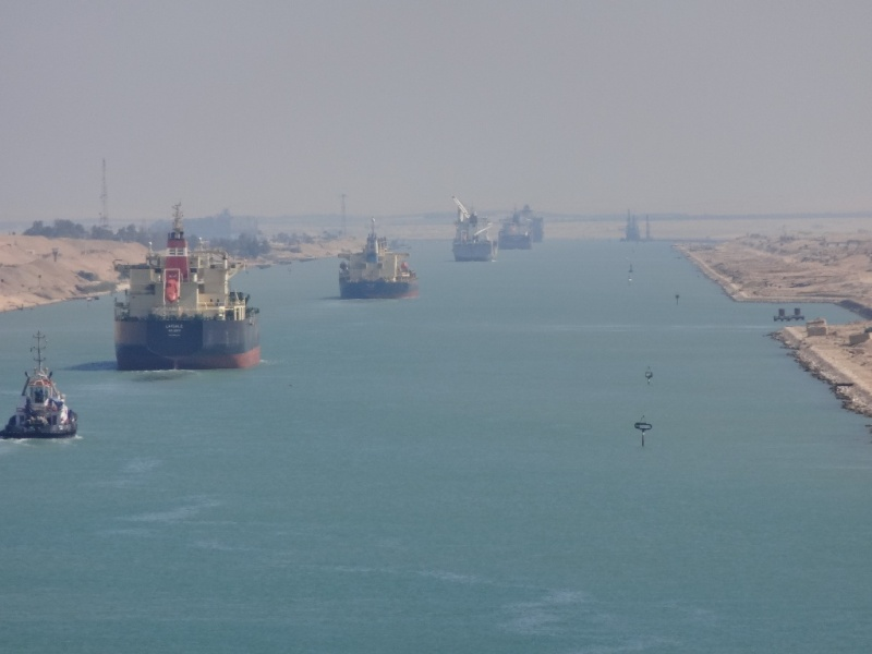 Revised convoy movement during Suez Canal dredging work
