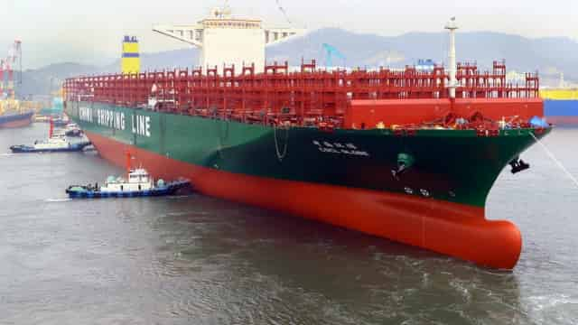 CSCL orders 14,000-TEU ships bound for Asia-US east coast service