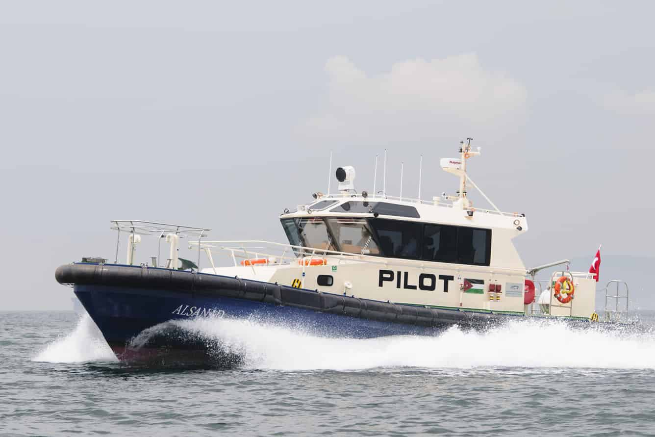 Turkey's Sanmar delivers Pilot Boat and Tugs to Jordan