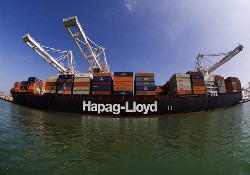 Hapag-Lloyd back in the black with US$180.9 million profit after 2014 net loss