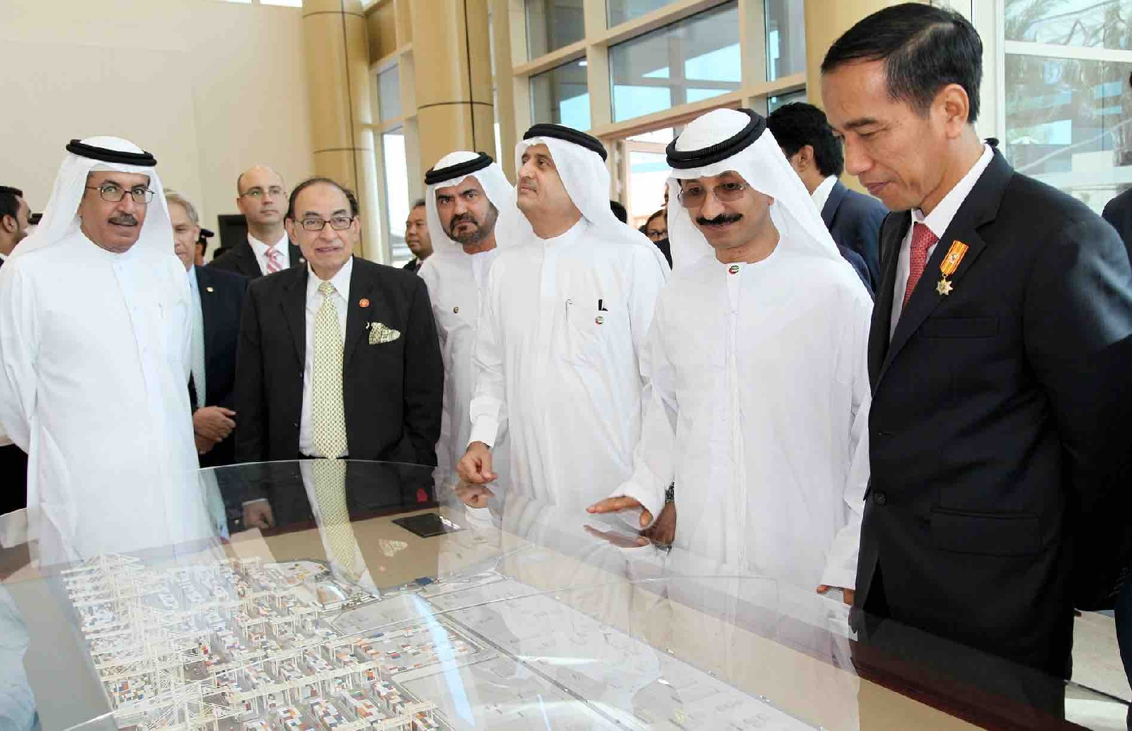 Indonesian president tours DP World's Jebel Ali to cement ties