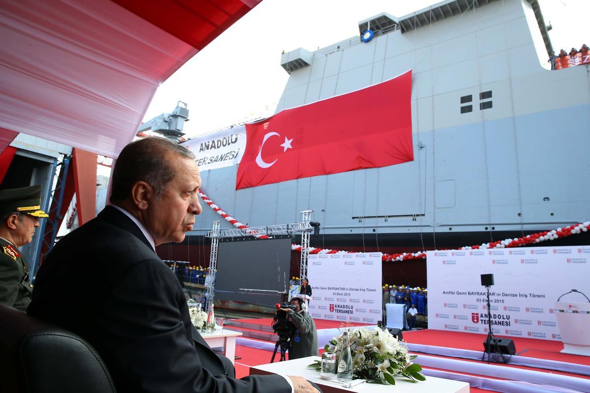 "Turkey Launches Amphibious Ship ""TCG Bayraktar"""