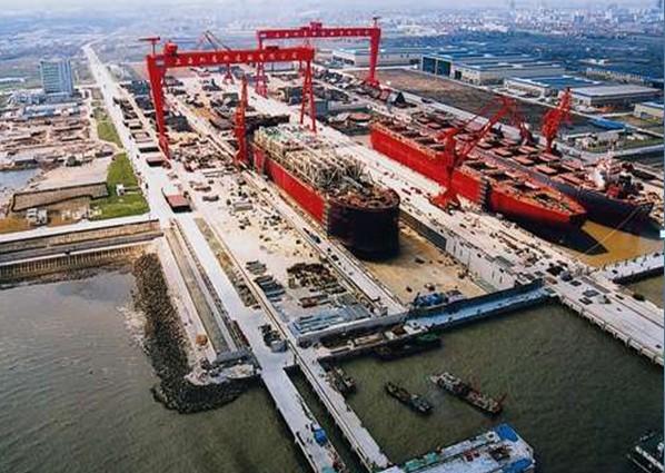 Shanghai Waigaoqiao yard first in China to build 20,000-TEUer for Cosco