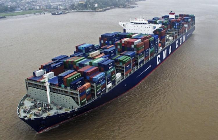 17,859-TEUer debuts in LA as CMA CGM Ben Franklin docks on Boxing Day