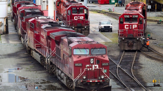 Canadian Pacific-Norfolk Southern merger would fix Chicago bottleneck: CP