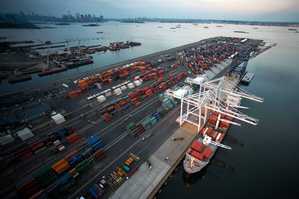 Global Port Tracker expects seasonal post-Christmas decline in US imports