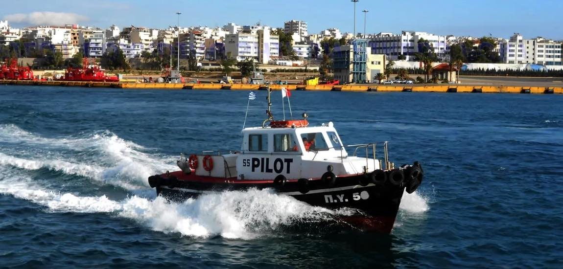 Greek maritime unions hold 48-hour strike this week over pensions