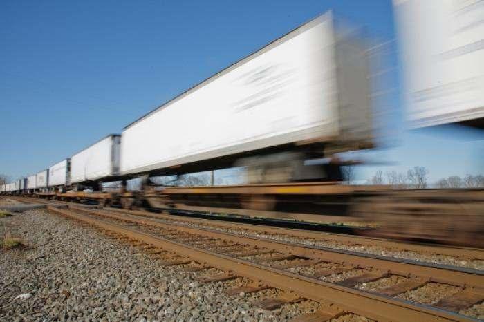 North American intermodal container movement up 2.8pc in 2015