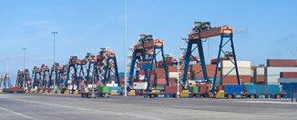 Rotterdam port profit down 1.7pc as it clears debt for Maasvlakte 2