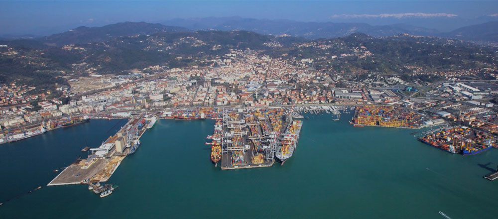 Expanded La Spezia box terminal in Italy to handle 20,000 TEU ships