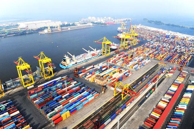 Azerbaijan's Baku port is set to handle 6 million tons of cargo in 2016