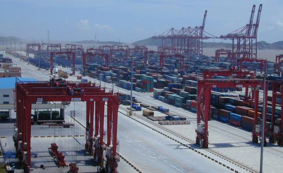 Shanghai Port Group profit falls 3pc, but throughput up 3.5pc in 2015