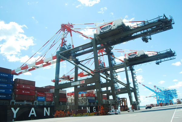 Port Elizabeth's Maher container terminal to be sold by Deutsche Bank