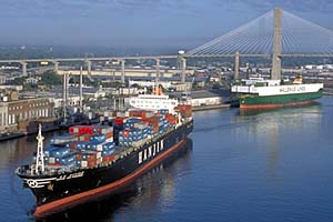 Savannah monthly volume shrinks 11pc to 298,041 TEU, exports fall 13pc